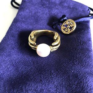 Tory Burch Vintage Hand and Pearl Ring Sz 7